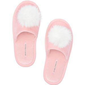 Victoria's Secret Pink Velvet Pom Slippers M